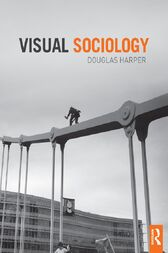visual sociology In this study, it is tried to make an evaluation, on a theoretical basis, of the content and meaning of visual sociology, the relationship between visual images and culture, the methodology of visual sociology, the functions of sociology and sociologists at visual assessment.